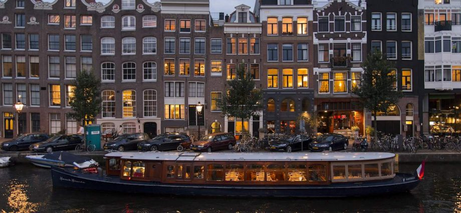 Amsterdam For A Dynamic Vacation