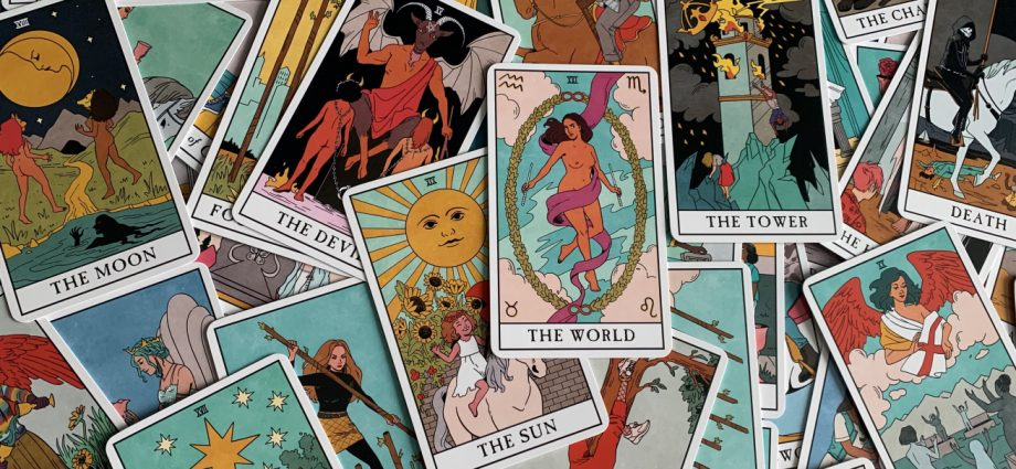 Points You Have In Typical With Tarot Card Analysis